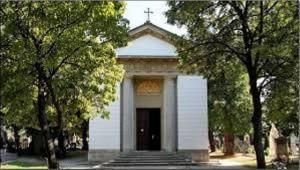 A Széchenyi mauzóleum  és Széchenyi Pál érsek megmentése