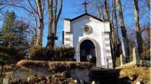 A fehér kripta titka a javorinai temetöben